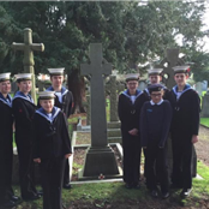 Pershore Sea Cadets Remember Sunday December 14...
