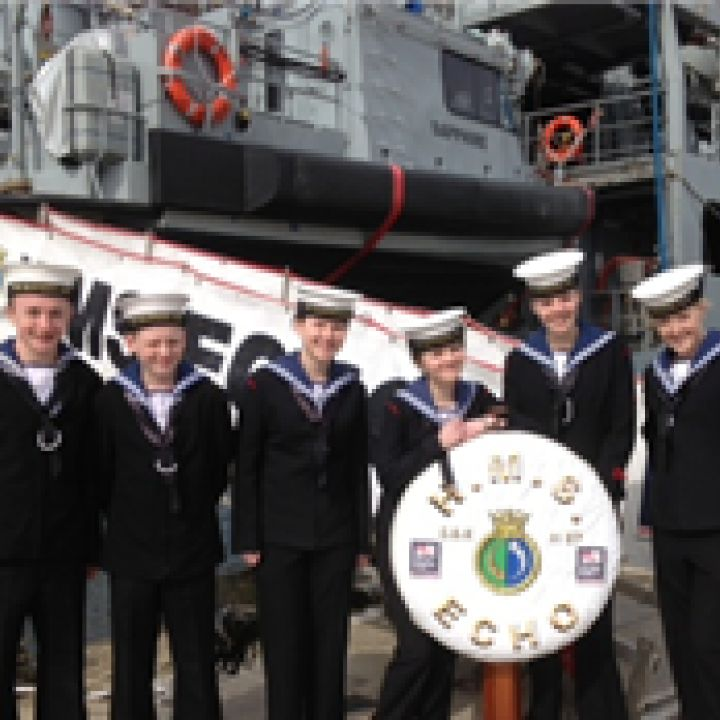 Cadets visit HMS Echo