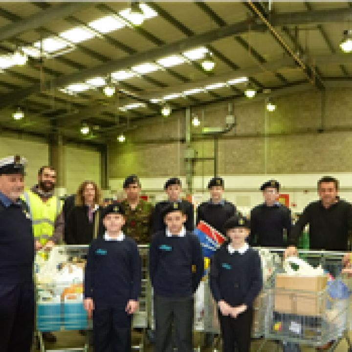 Junior Cadets help flood relief